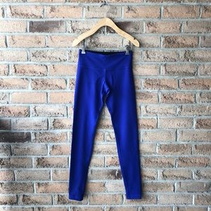 LULULEMON | Indigo blue & black reversible legging